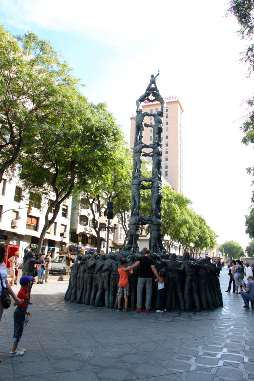 Tarragona Monument Human Pyramid
